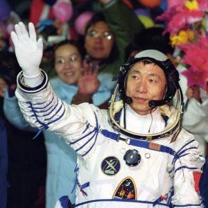 中国初の宇宙飛行士が初来日。毛利衛氏とトークイベントを12月14日開催