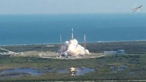 スペースX、19回目のドラゴン補給船の打ち上げに成功。経産省開発の「HISUI」を積載