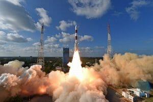 インド、PSLV-C48の打ち上げ成功。小型SAR衛星1号機「イザナギ」搭載