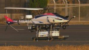 JAL、国内初の無人ヘリコプターを用いた空港間目視外飛行で貨物輸送実験を実施