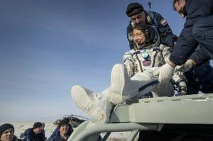 3名を乗せたソユーズ宇宙船が帰還、女性による連続宇宙滞在記録が更新される