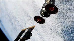 シグナス補給船がISSから分離 軌道上で新ミッションへ