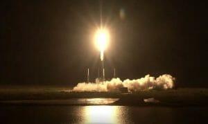 ガンプラ宇宙へ!超小型衛星「G-SATELLITE」打ち上げ成功。宇宙空間放出は4月下旬