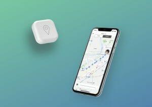 """ビーサイズ、子ども用AI見守りロボット「GPS BoT」の第2世代を発売。SoftSIMや""""みちびき""""に対応"""