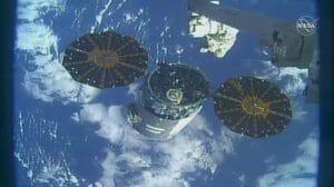 シグナス貨物船がISS離脱し、火災実験ミッション実施へ