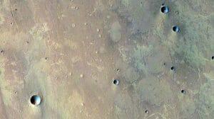火星の泥流は地球における一種の溶岩流のようにふるまう可能性