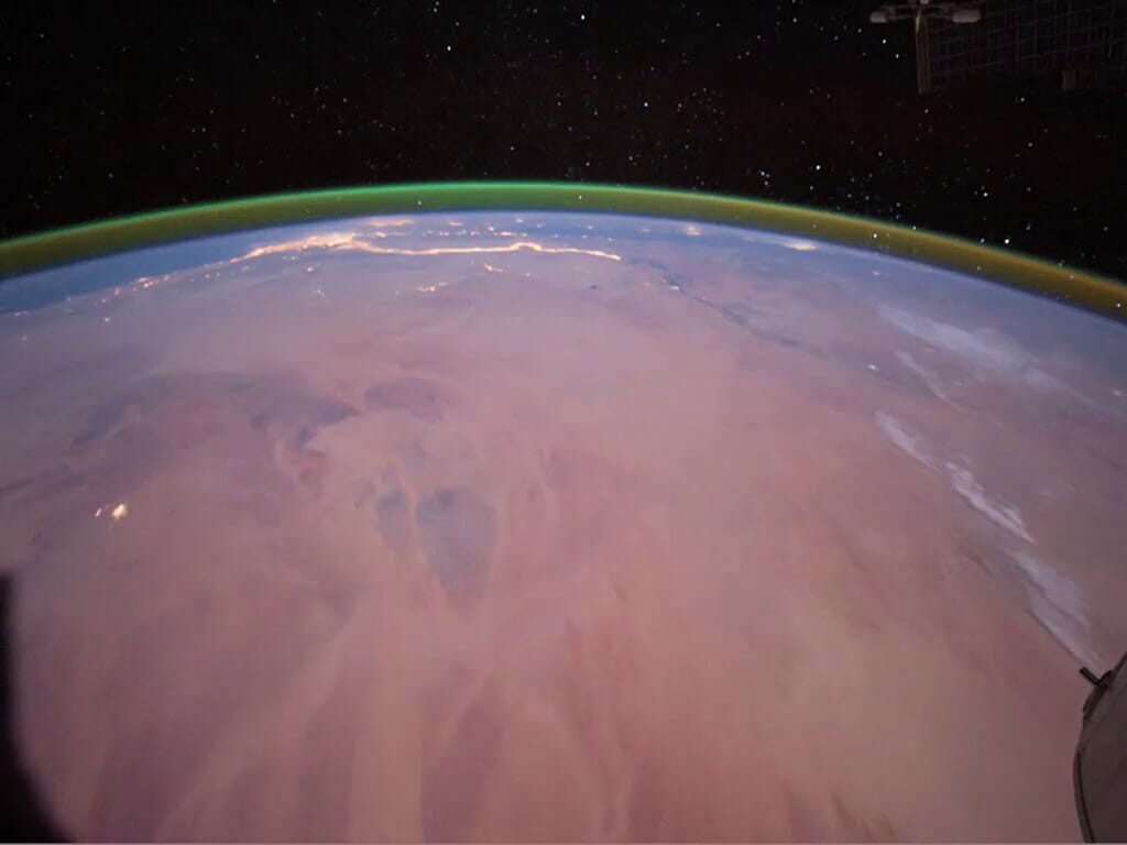 地球の大気光