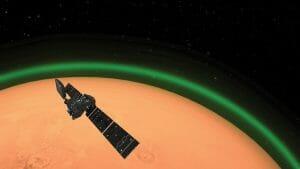 エクソマーズTGO、火星の大気で緑色の「大気光」を初めて検出