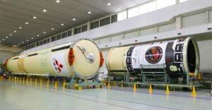三菱重工、H-IIAロケット42号機のコア機体を出荷。7月にUAE火星探査機を打ち上げ