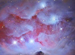 オリオン大星雲のすぐ近く、偶然描き出された「ランニングマン」
