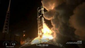 スペースX、スターリンク衛星の打ち上げに成功