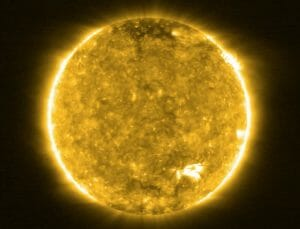 ソーラー・オービターの太陽接近観測時の画像が公開「キャンプファイヤー」を初撮影