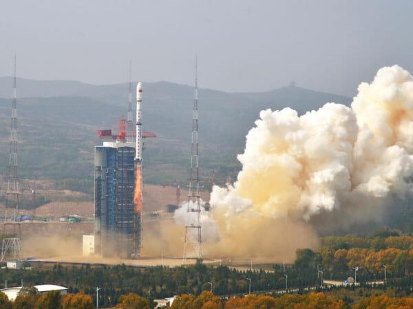 長征4Bロケットと環境減災衛星-2A 2B