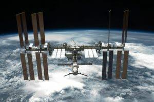 若田・古川宇宙飛行士、国際宇宙ステーション長期滞在決まる