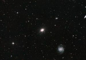 引き裂かれる銀河 なぜ「NGC1052-DF4」はダークマターを失ったのか?