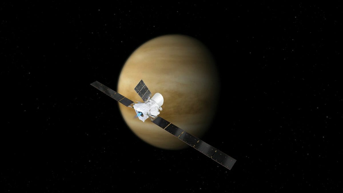 金星に接近するベピ・コロンボの探査機を描いた想像図