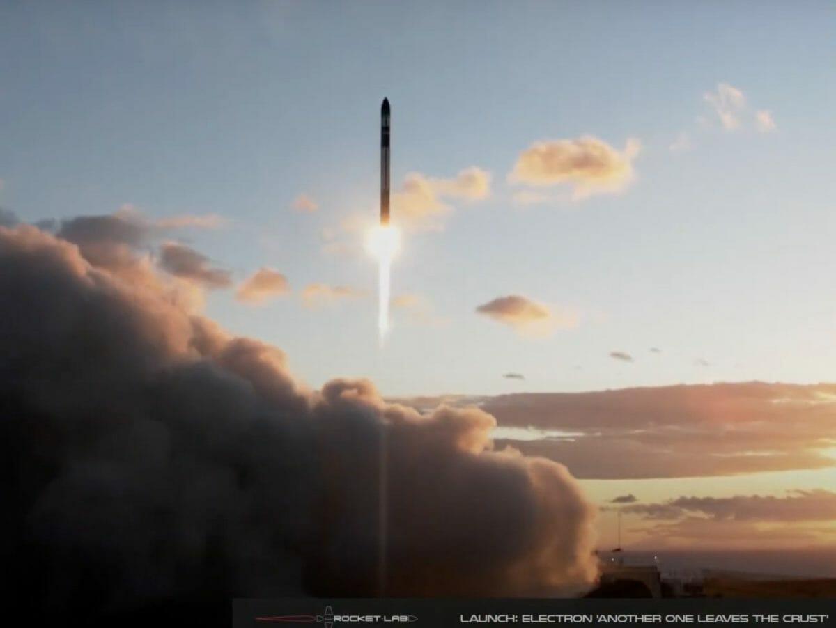 ニュージーランドにある射場から打ち上げられる同社のエレクトロンロケット(Credit: RocketLab Youtube)