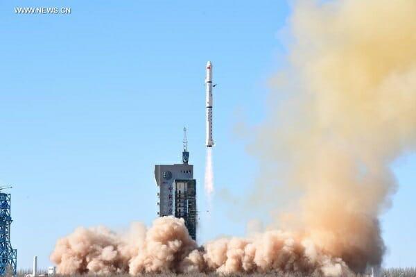リモートセンシング衛星を搭載した「長征4Cロケット」(Credit: CAST)