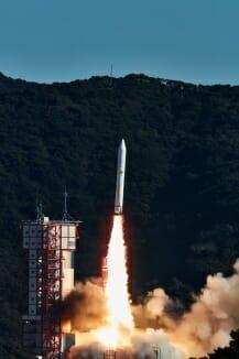 2019年1月に行われたイプシロン4号機の打ち上げの様子(Credit: JAXA)