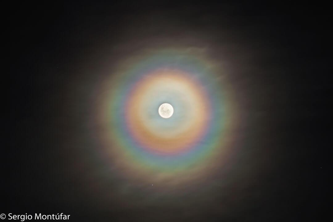 MoonCorona_Montufar_1080(Credit:Sergio Montúfar, Planetario Ciudad de La Plata)
