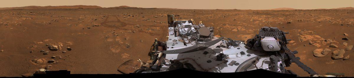 火星探査車「Perseverance」が撮影したジェゼロ・クレーターのパノラマ画像(Credit: NASA/JPL-Caltech/ASU/MSSS)