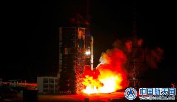 8月24日に西昌衛星発射センターから打ち上げられた通信技術試験衛星7号を搭載した長征3Bロケット(Credit: CASC)