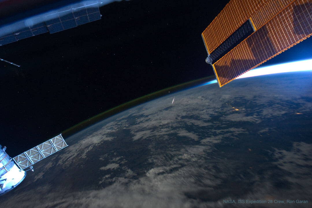 perseid_iss_1080(Credit:ISS Expedition 28 Crew, Ron Garan)