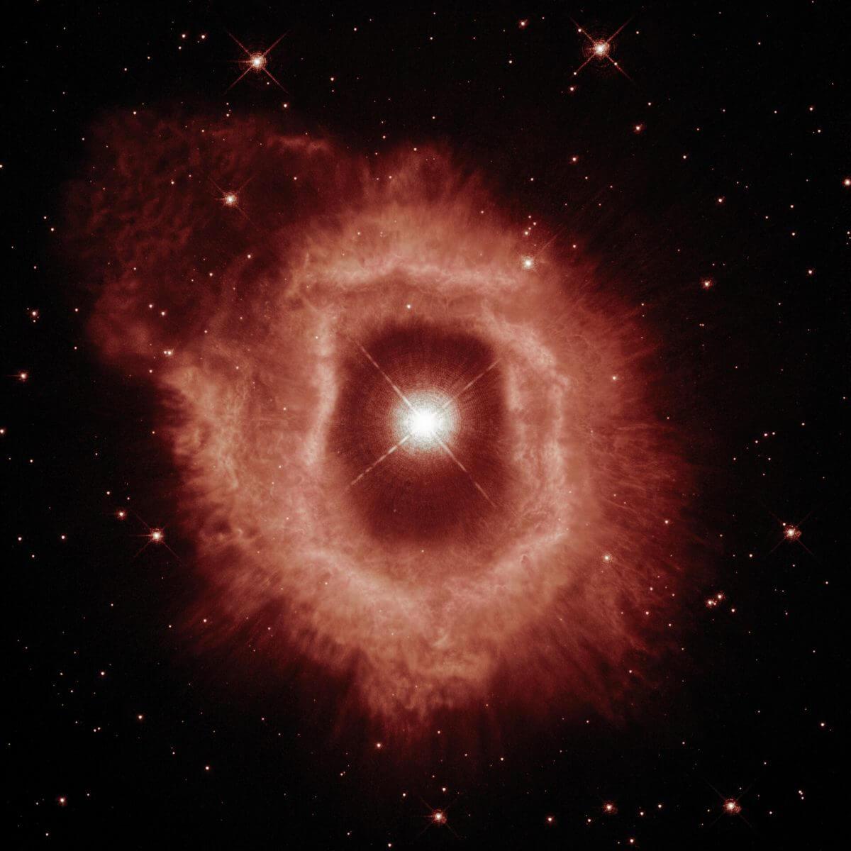 りゅうこつ座AG星と周囲のガスの分布のみを示したもの(Credit: ESA/Hubble and NASA, A. Nota, C. Britt)
